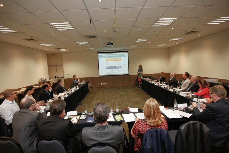 """Abimóvel define slogan """"Móveis: o nosso negócio"""" em nova gestão"""