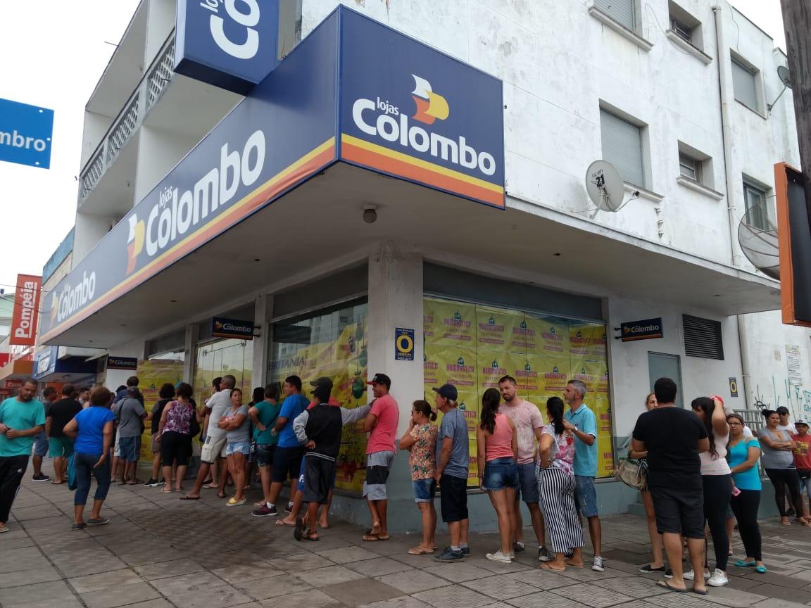 Lojas Colombo explica procedimentos para realização da Liquidação Bombástica 2019